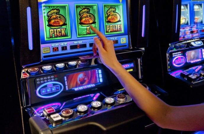 Слот 2 игровой автомат играть игровые автоматы без платно и регистрации