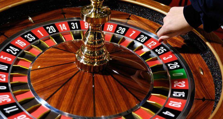 Какие онлайн казино используются в киевских салонах