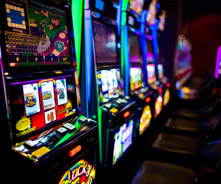 Играть в слот автоматы адмирал бесплатно на фишки карты играть пасьянс дурака